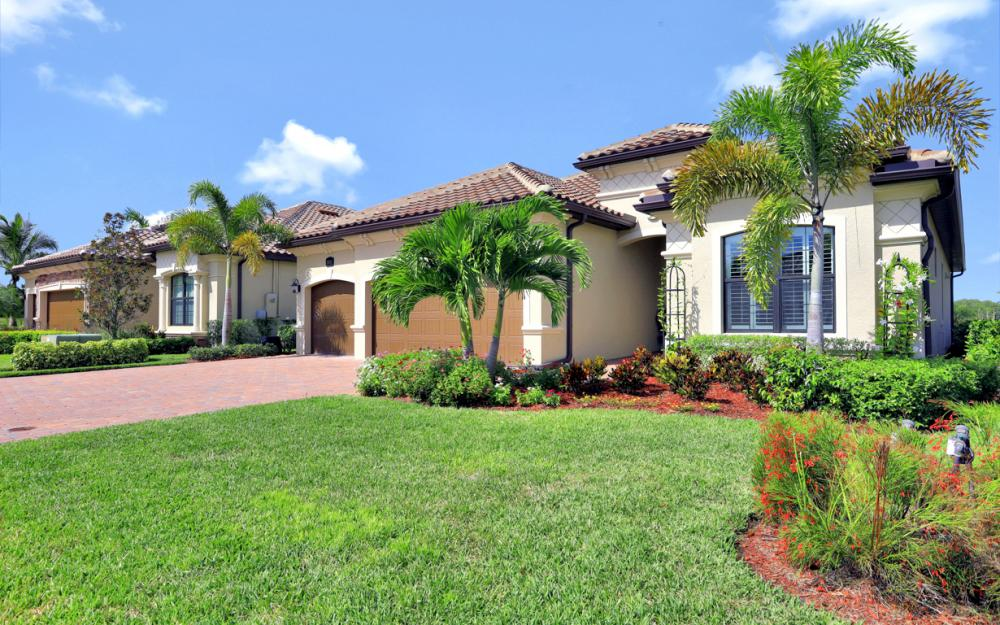 28124 Wicklow Ct, Bonita Springs - Home For Sale 1052138507