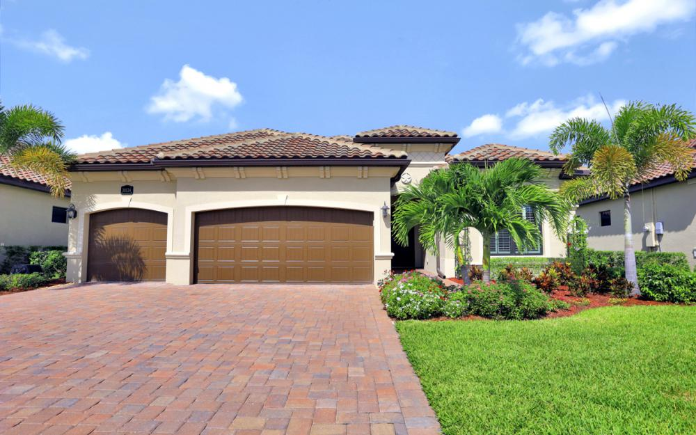 28124 Wicklow Ct, Bonita Springs - Home For Sale 1119917325