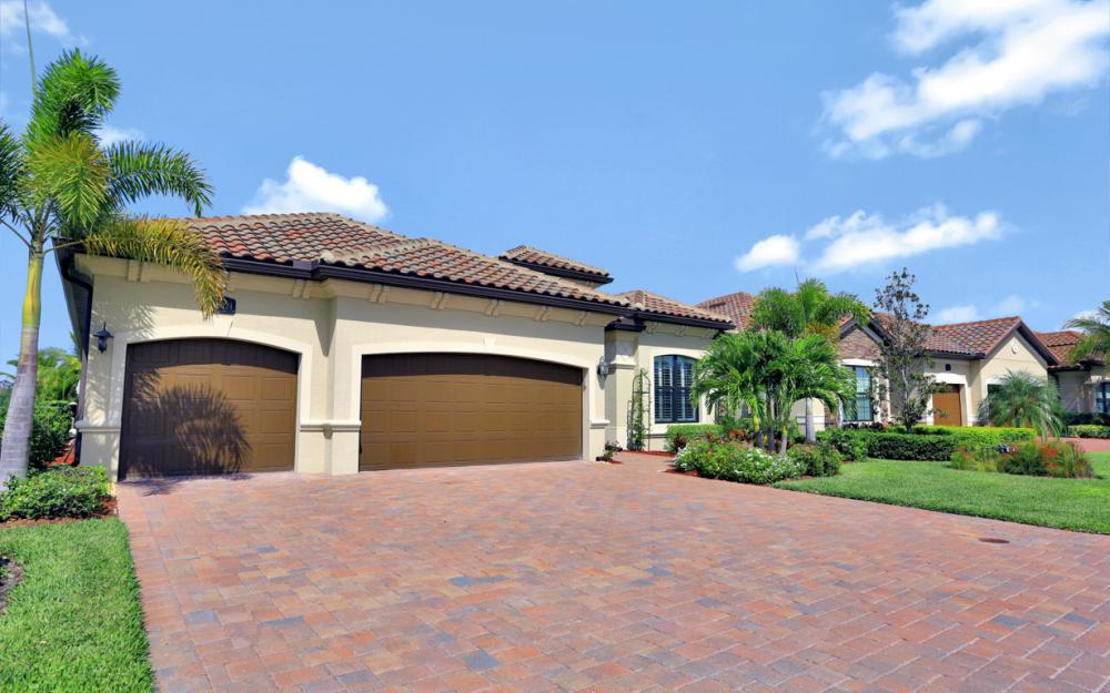 28124 Wicklow Ct, Bonita Springs - Home For Sale 34557573