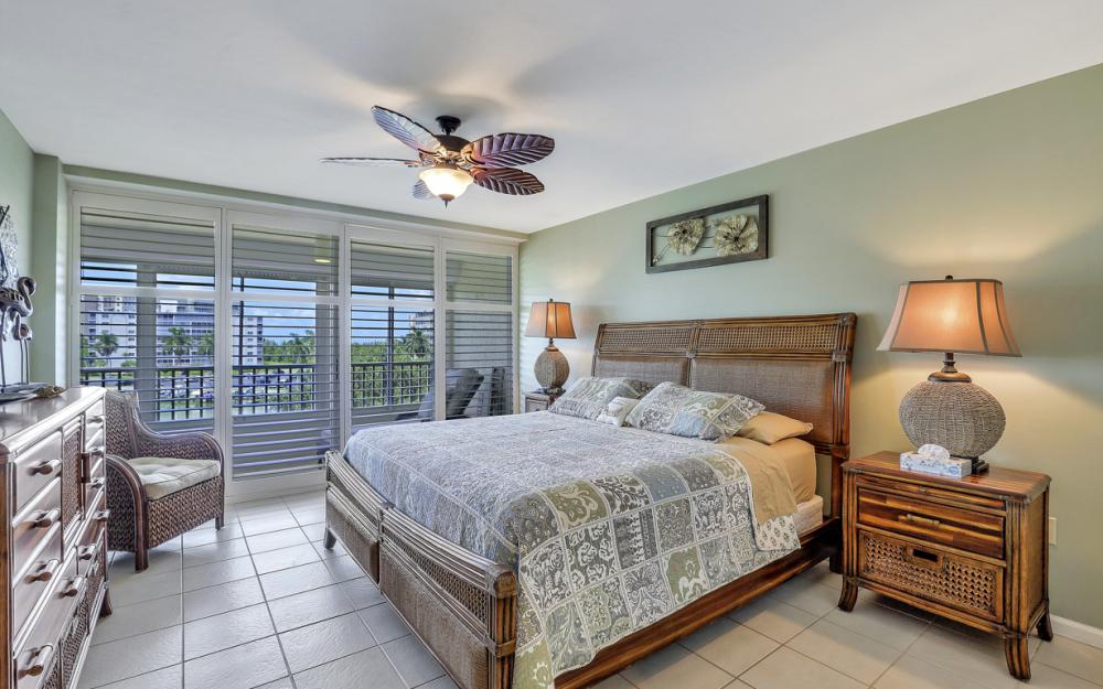 25 Bluebill Ave #A302, Naples - Condo For Sale 1672851592