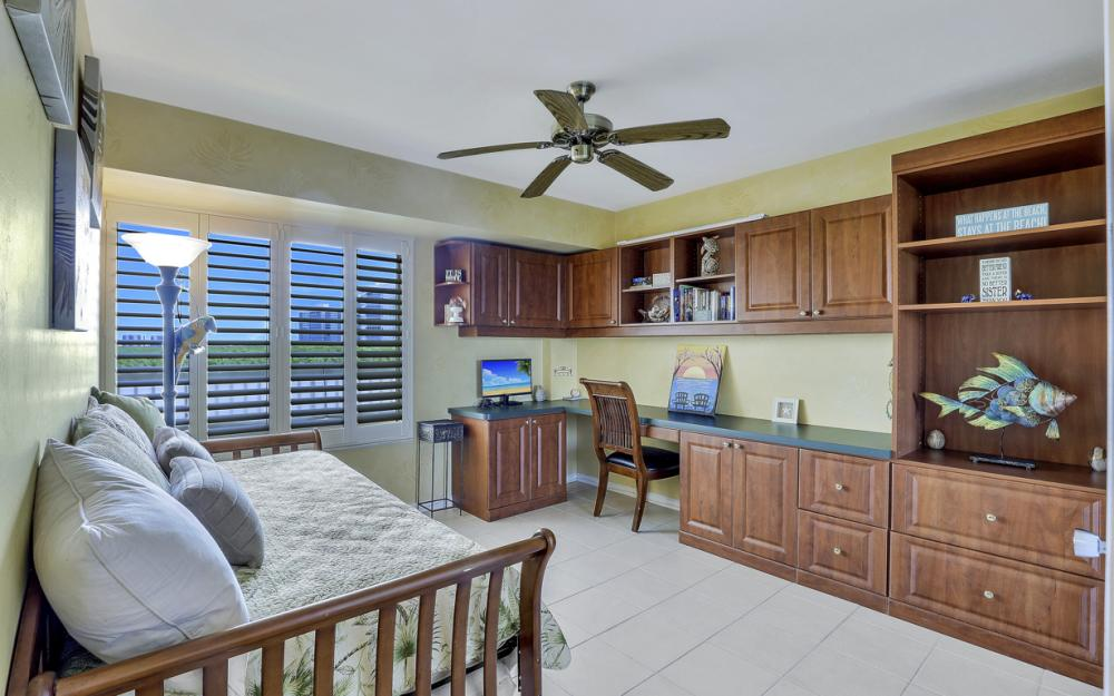 25 Bluebill Ave #A302, Naples - Condo For Sale 646532654