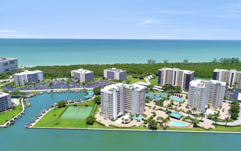 25 Bluebill Ave #A302, Naples - Condo For Sale 132411677