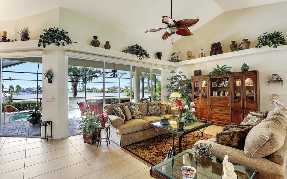 619 SW 53rd Terrace, Cape Coral - Home For Sale 2140705746