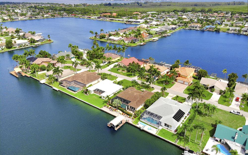 619 SW 53rd Terrace, Cape Coral - Home For Sale 644703188