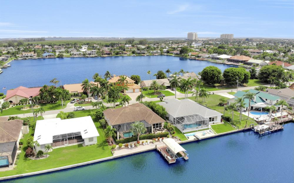 619 SW 53rd Terrace, Cape Coral - Home For Sale 497511623