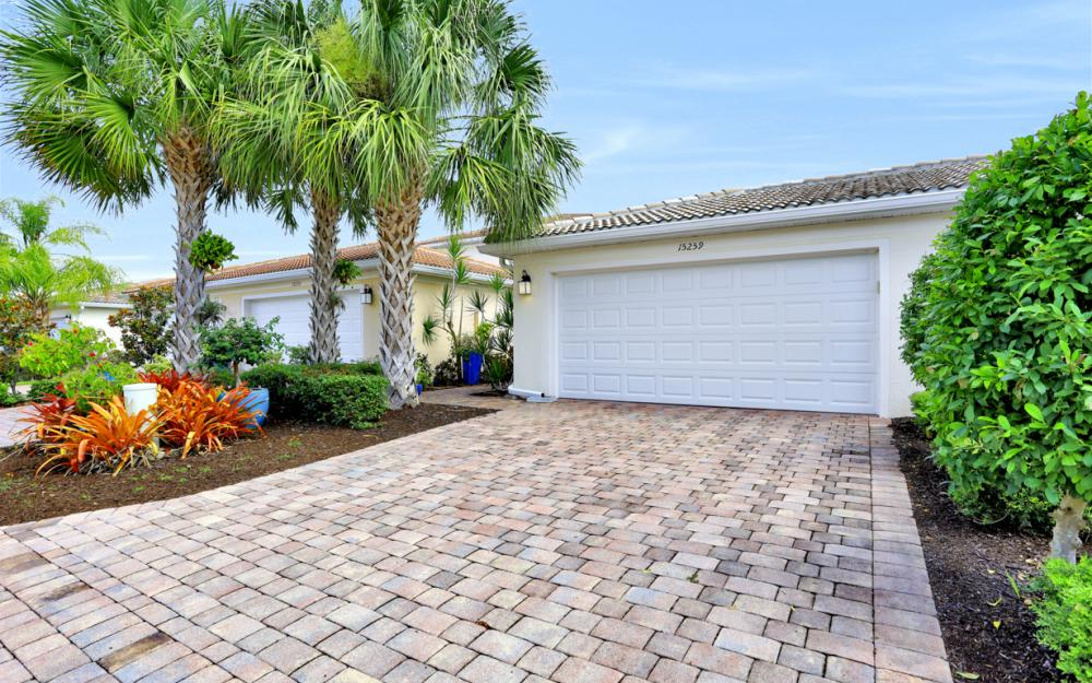 15259 Laughing Gull Ln, Bonita Springs - Home For Sale 944783779