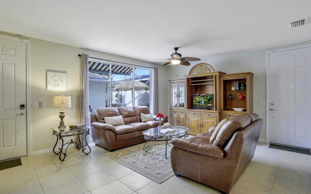 15259 Laughing Gull Ln, Bonita Springs - Home For Sale 585675758