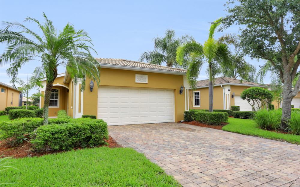 15274 Cortona Way, Naples - Home For Sale 697128243