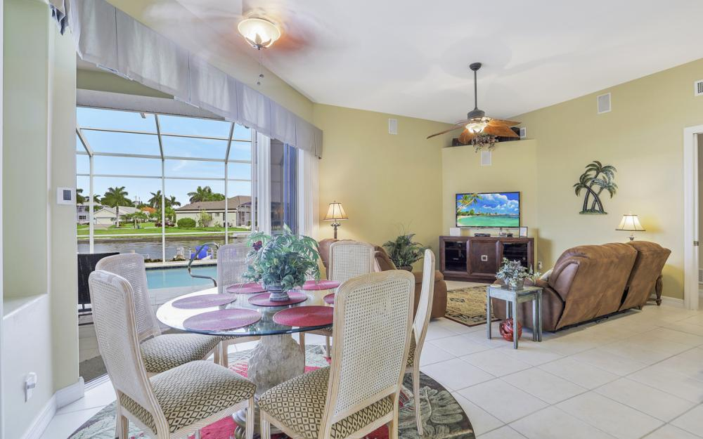 462 W Joy Cir Marco Island - Vacation Rental 1162072122