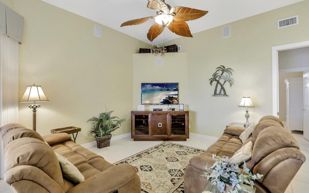 462 W Joy Cir Marco Island - Vacation Rental 1722658857