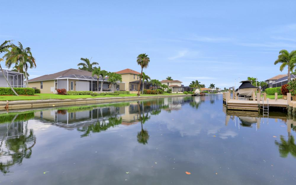910 Olive Ct, Marco Island - Vacation Rental 764501579
