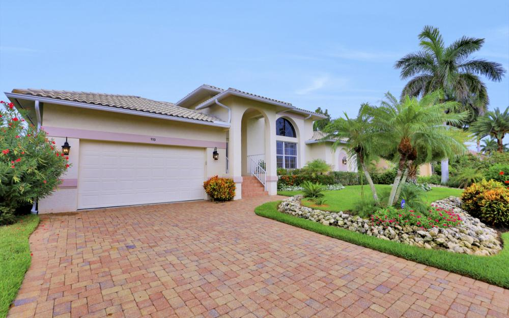 910 Olive Ct, Marco Island - Vacation Rental 238970062