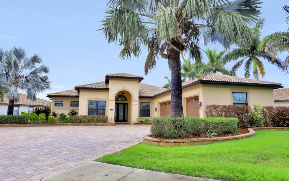3998 Treasure Cove Cir, Naples - Home For Sale 800916640