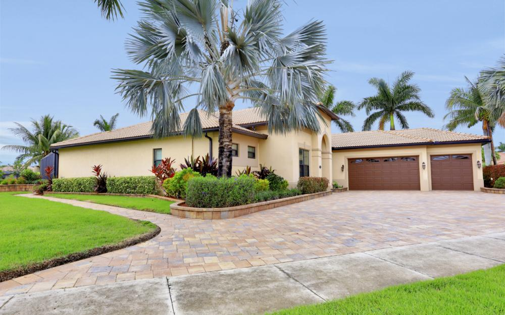 3998 Treasure Cove Cir, Naples - Home For Sale 1377115320