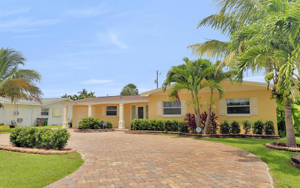 4917 Edith Esplanade, Cape Coral - Home For Sale 1104778633