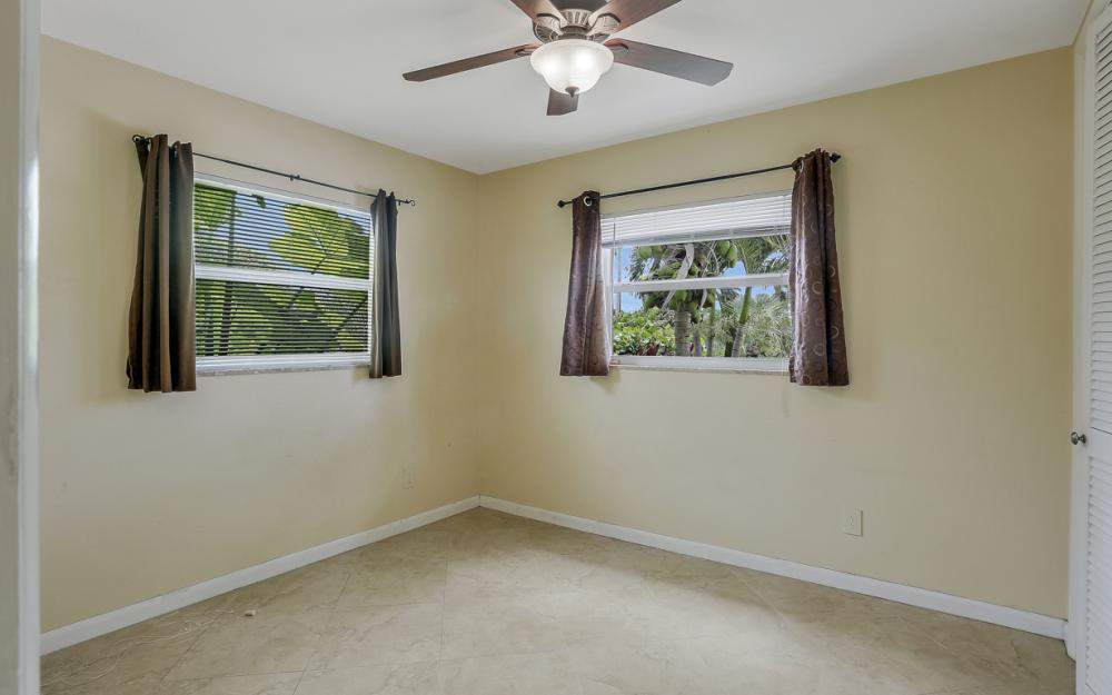 4917 Edith Esplanade, Cape Coral - Home For Sale 458889777