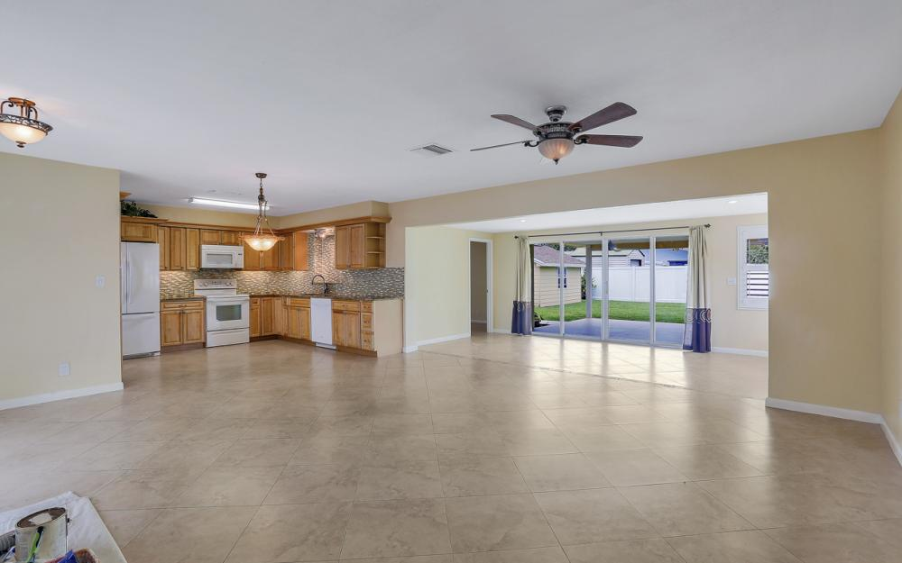 4917 Edith Esplanade, Cape Coral - Home For Sale 166693508