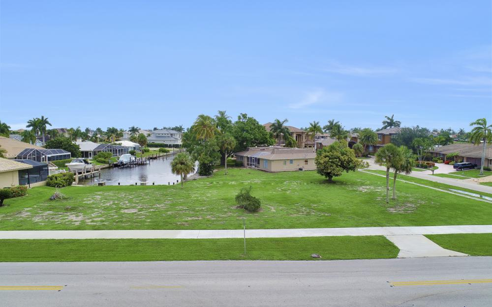 517 N Barfield Dr, Marco Island - Lot For Sale 2093450381