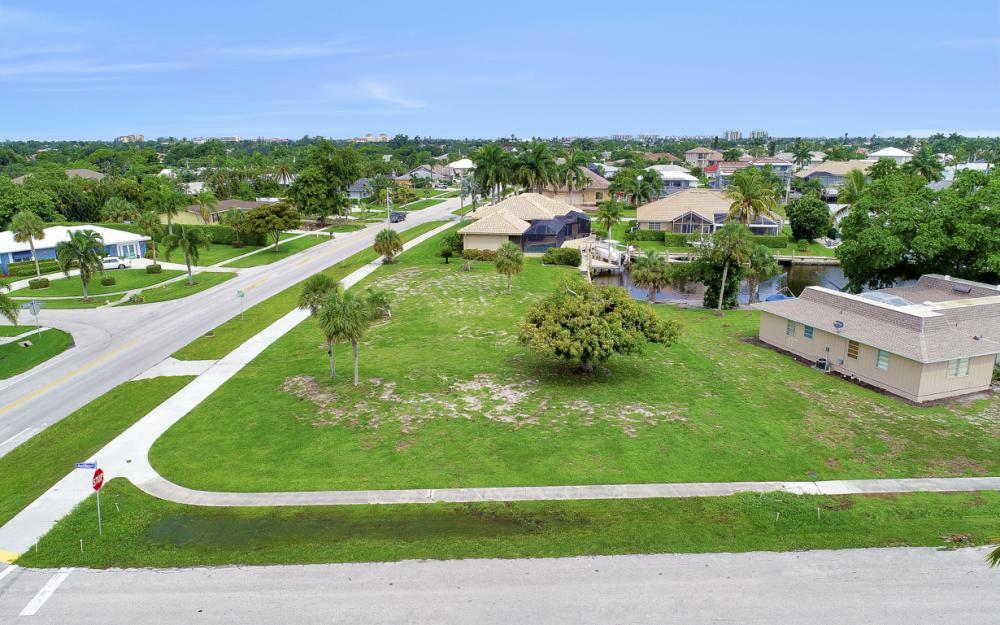 517 N Barfield Dr, Marco Island - Lot For Sale 597505597