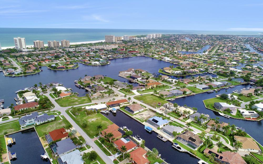 1065 Dill Ct, Marco Island - Home For Sale  1268549423
