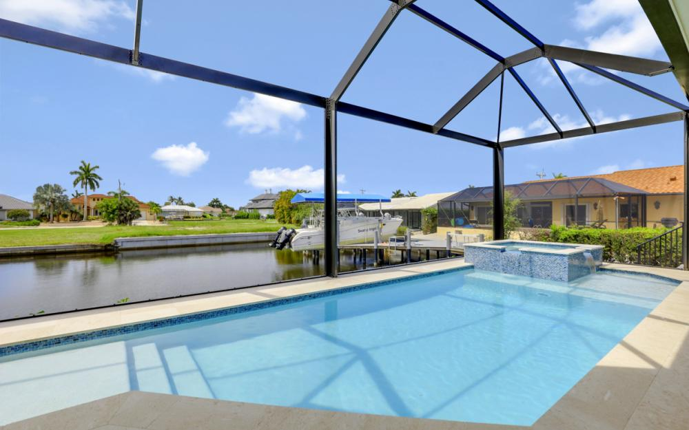 1065 Dill Ct, Marco Island - Home For Sale  979696787