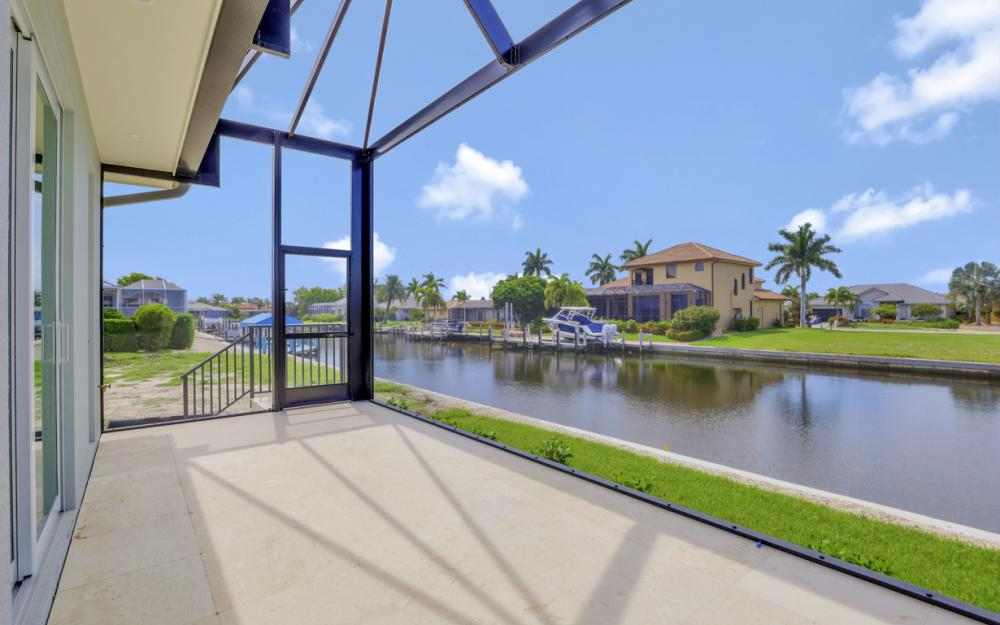 1065 Dill Ct, Marco Island - Home For Sale  383394571