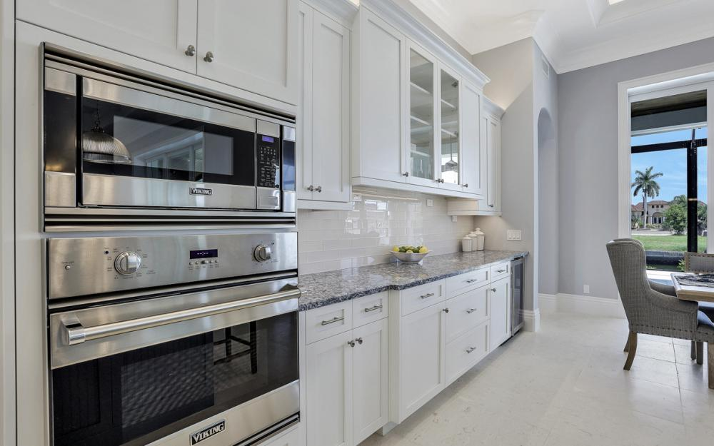 1065 Dill Ct, Marco Island - Home For Sale  4570310