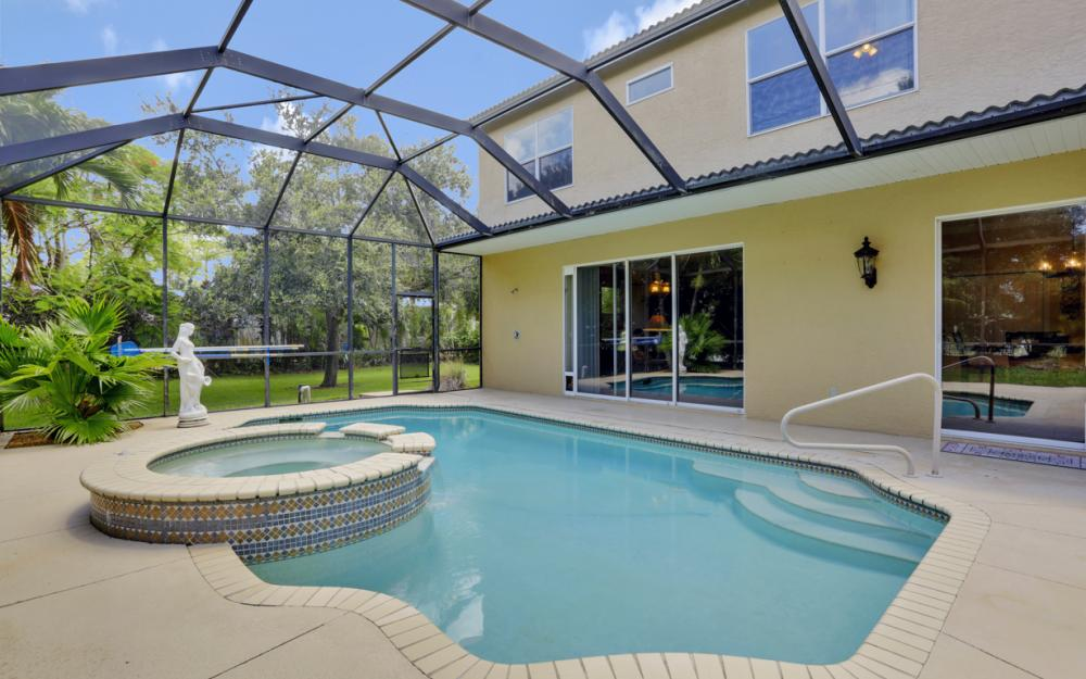 1813 Piccadilly Cir Cape Coral - Home For Sale 1322039041