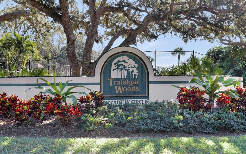 1813 Piccadilly Cir Cape Coral - Home For Sale 1499749411