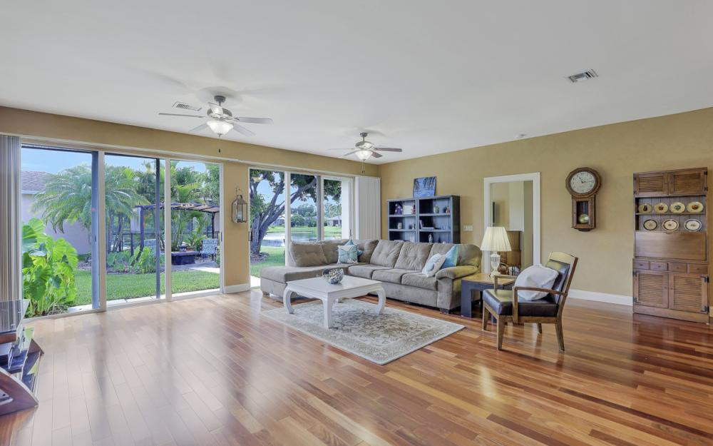 133 Stanhope Cir, Naples - Home For Sale 1857779521