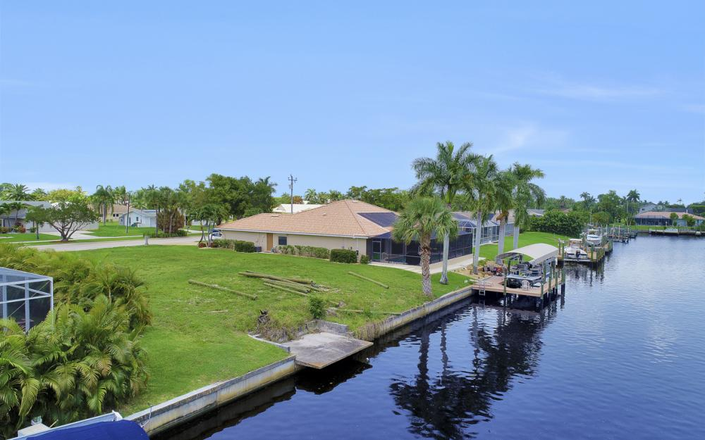 1728 Savona Pkwy, Cape Coral - Lot For Sale 1960984526