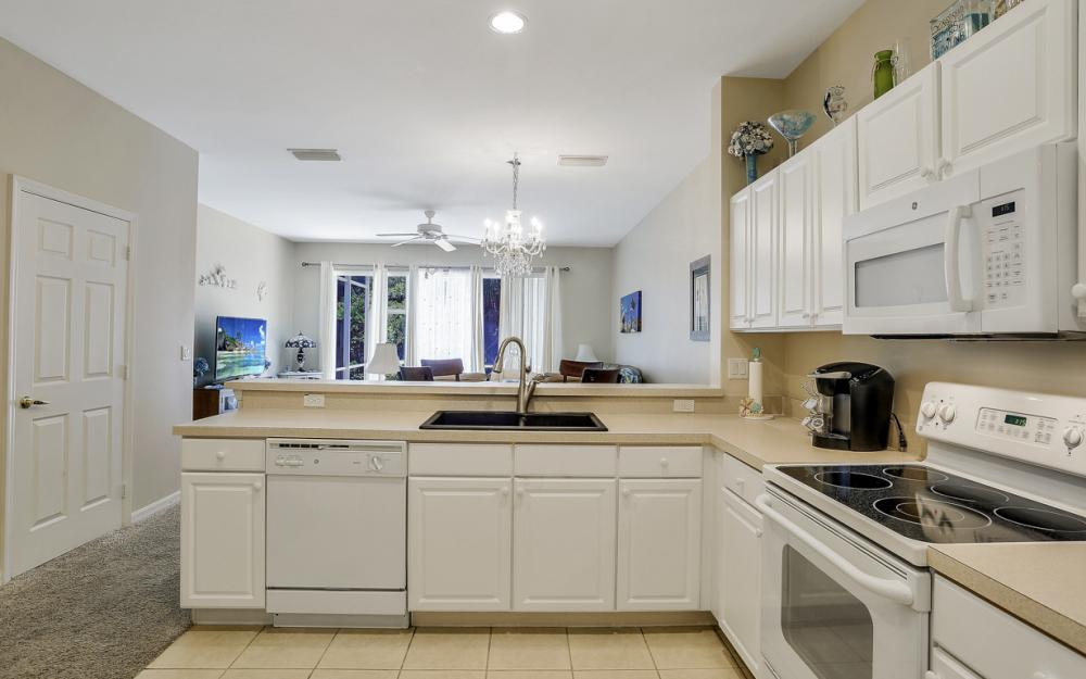 8390 Village Edge Cir. #4, Fort Myers - Condo For Sale 1037565546