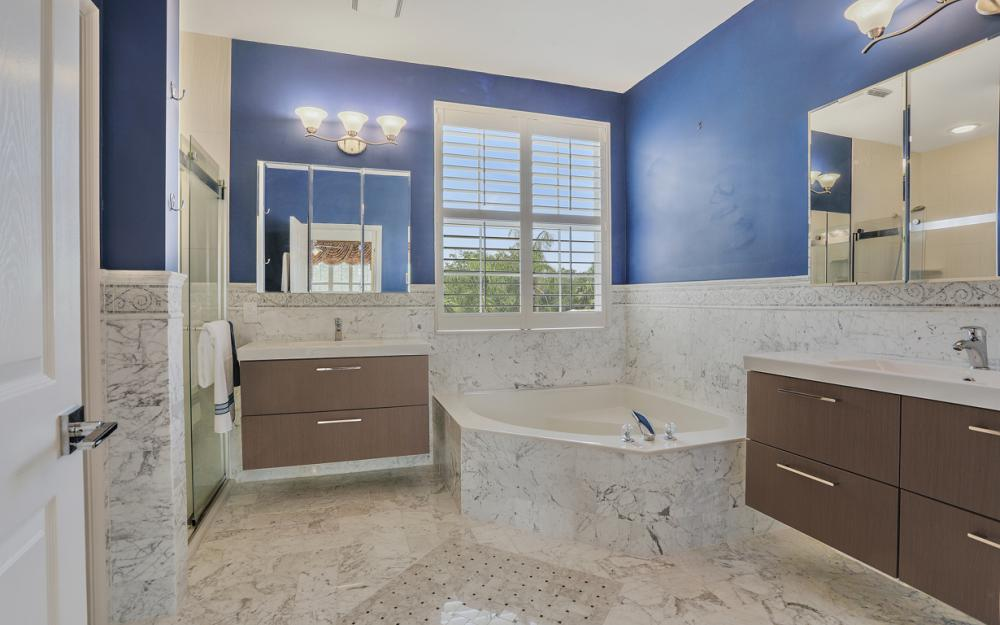 2020 Painted Palm Dr, Naples - Home For Sale 854046582