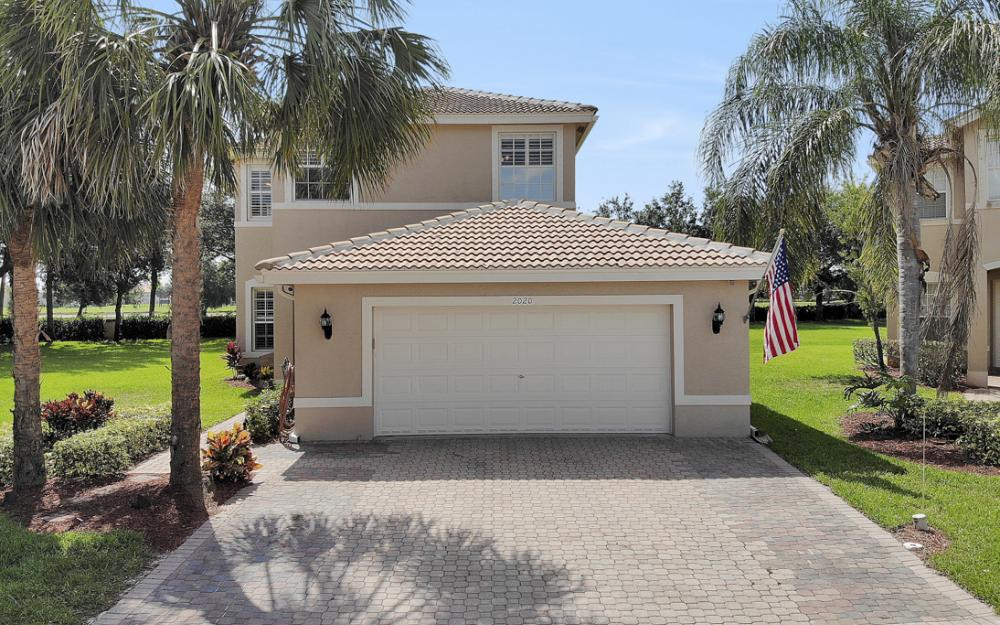 2020 Painted Palm Dr, Naples - Home For Sale 962676211