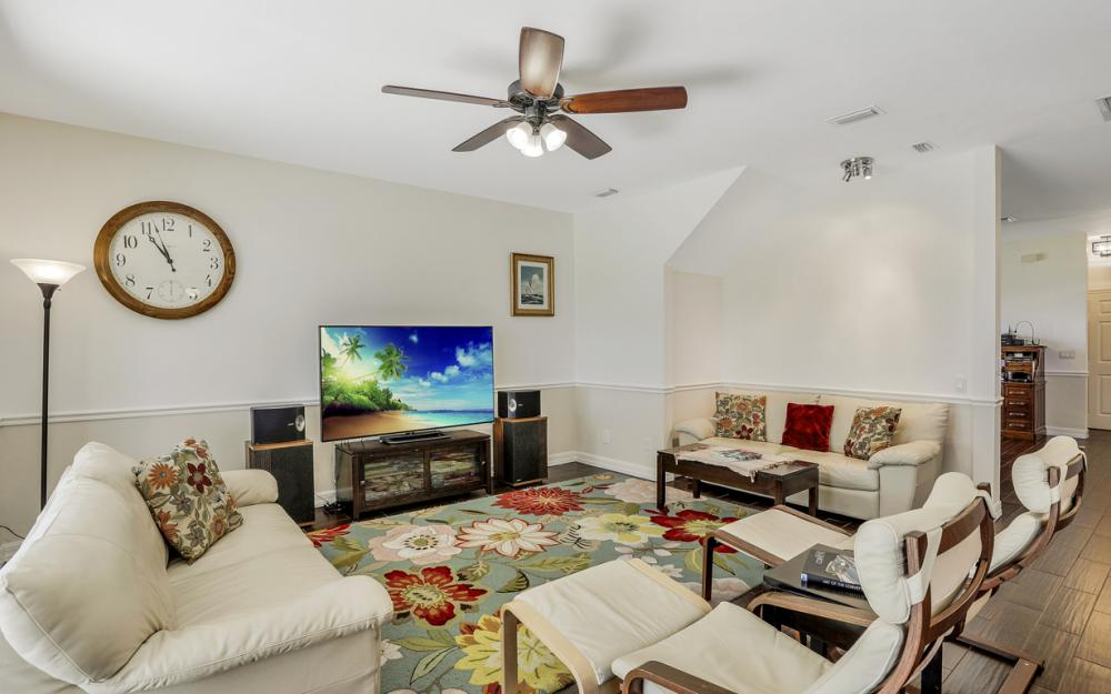 2020 Painted Palm Dr, Naples - Home For Sale 1020133627