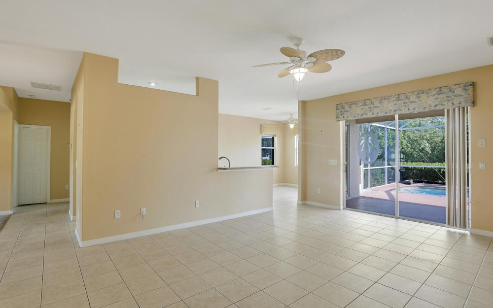 9340 Palm Island Cir, North Fort Myers - Home For Sale 1557548612