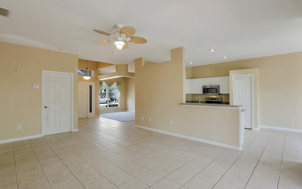 9340 Palm Island Cir, North Fort Myers - Home For Sale 1360034739