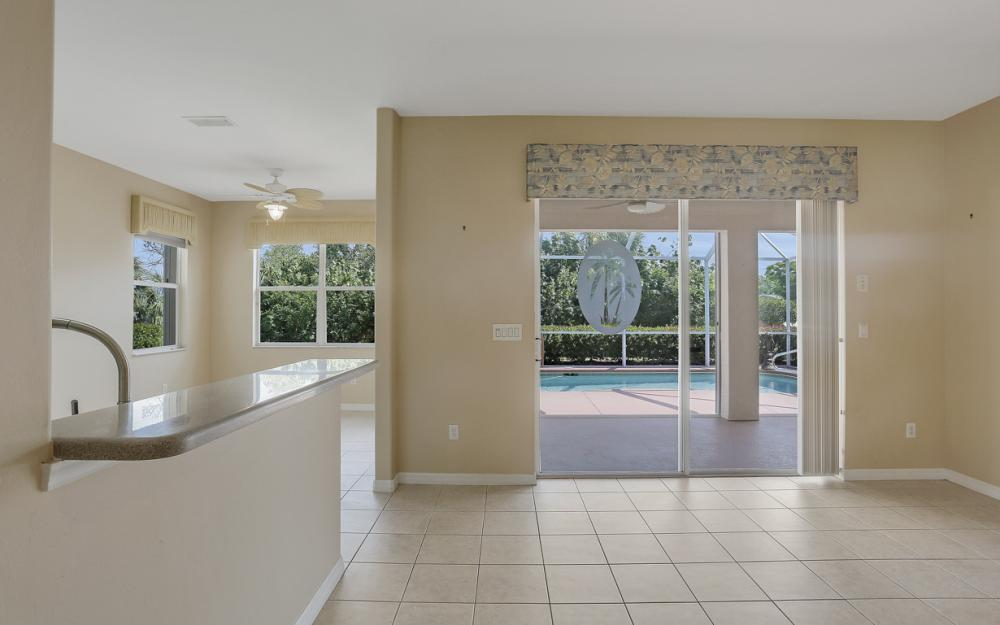 9340 Palm Island Cir, North Fort Myers - Home For Sale 1750340962