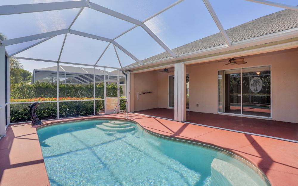 9340 Palm Island Cir, North Fort Myers - Home For Sale 1354681881