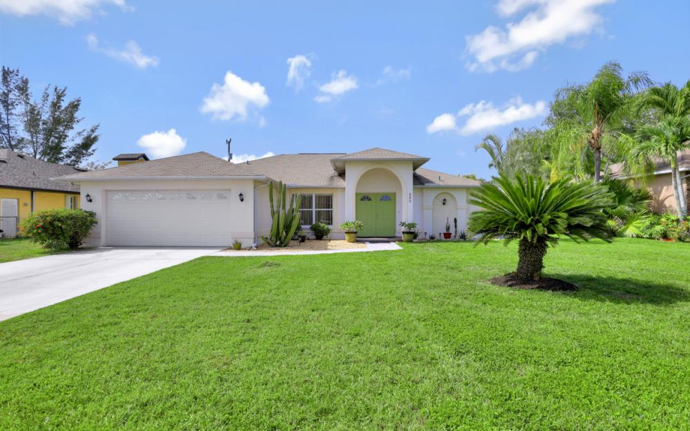 223 SE 30th St, Cape Coral - Home For Sale 2082502395