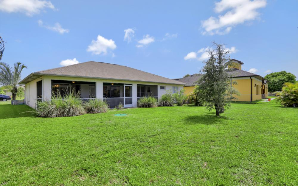 223 SE 30th St, Cape Coral - Home For Sale 1647520811