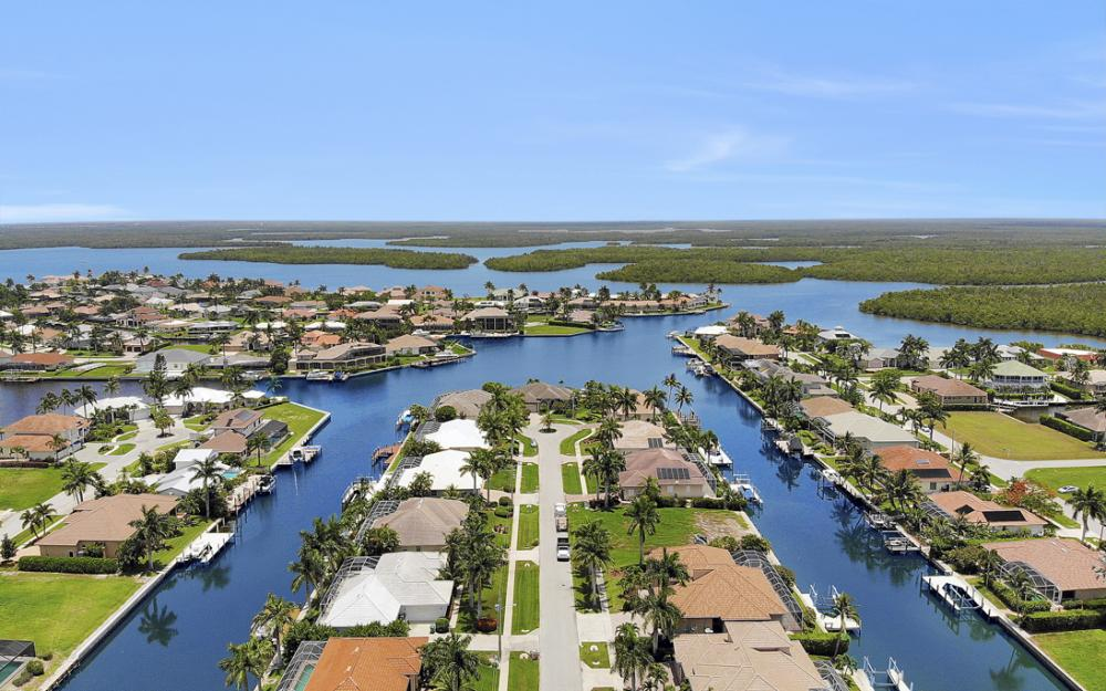 115 Peach Ct, Marco Island - Vacation Rental 254829499
