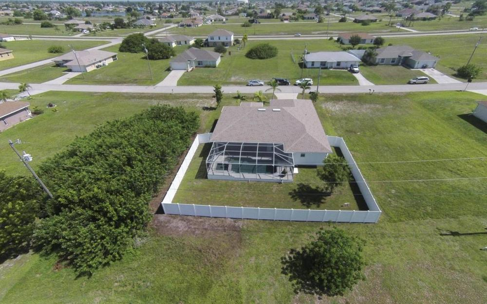 1116 NW 15th Ter, Cape Coral - House For Sale 1230317902