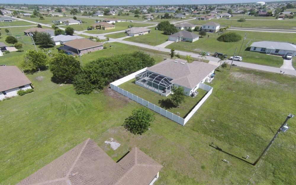 1116 NW 15th Ter, Cape Coral - House For Sale 1202906751