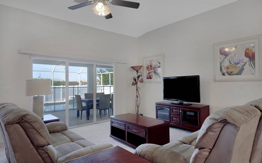 1116 NW 15th Ter, Cape Coral - House For Sale 2101823255