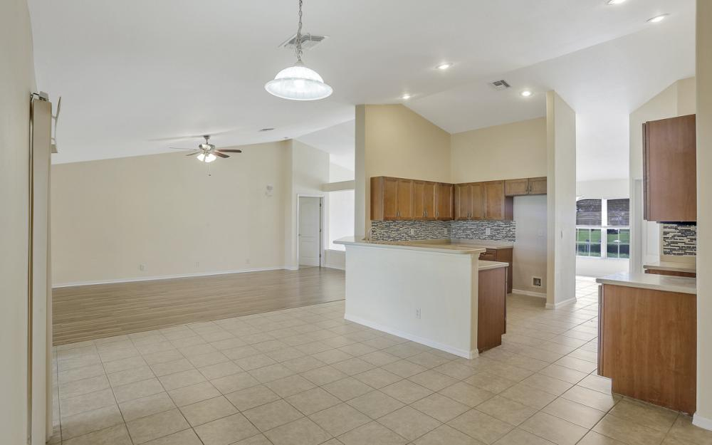 1420 NW 7th Pl, Cape Coral - Home For Sale 2090368778