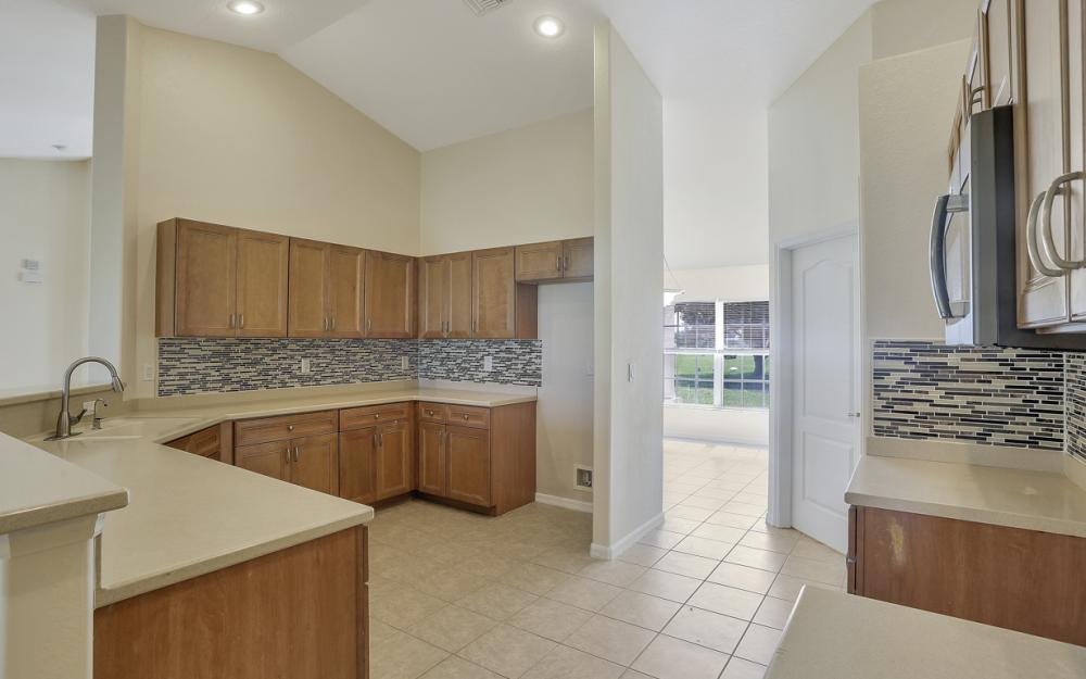 1420 NW 7th Pl, Cape Coral - Home For Sale 1999564561