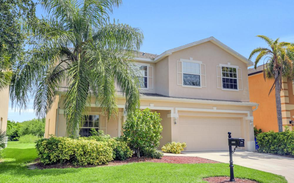 8989 Falcon Pointe Loop, Fort Myers - Home For Sale 368870991