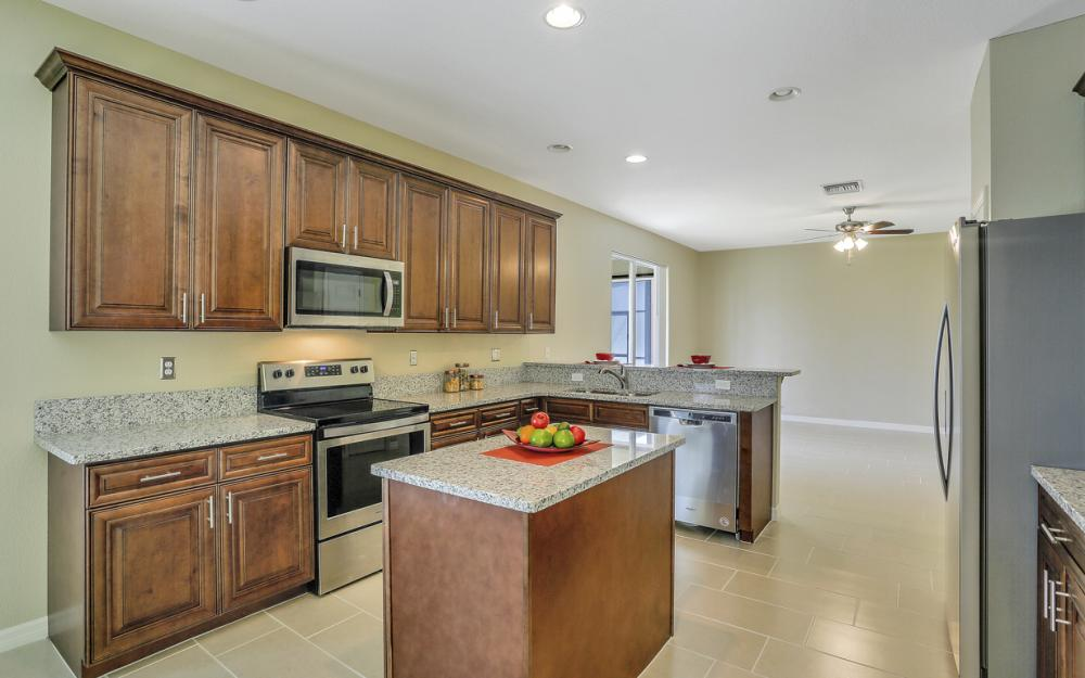 8989 Falcon Pointe Loop, Fort Myers - Home For Sale 499712848