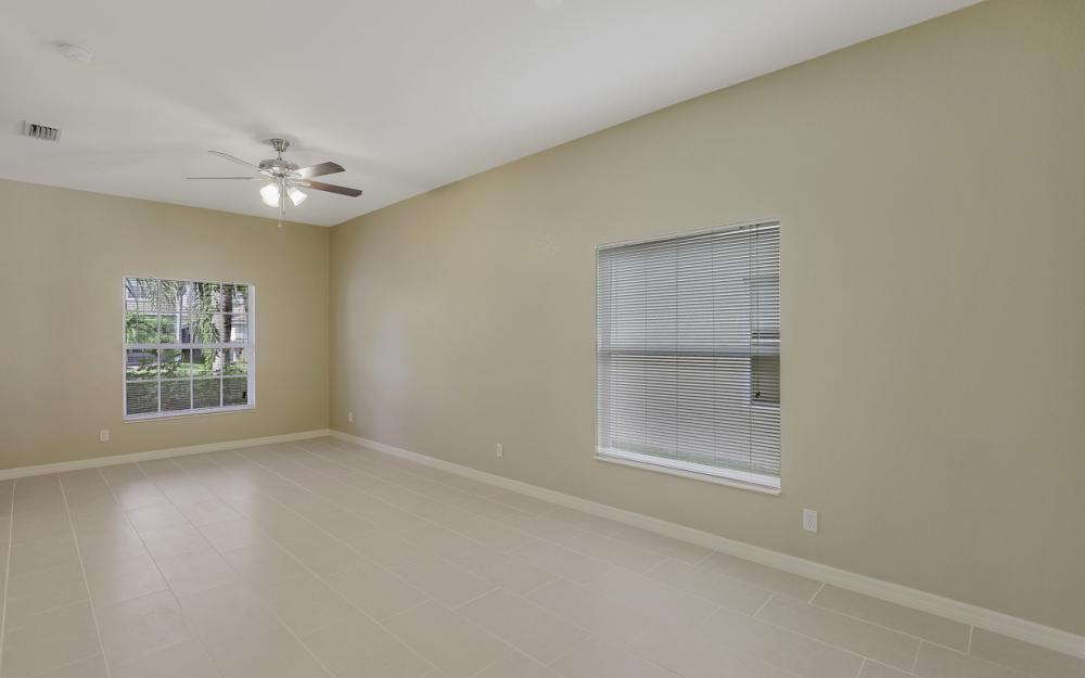 8989 Falcon Pointe Loop, Fort Myers - Home For Sale 582480579